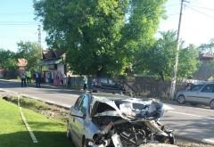 Copiii raniti in accidentul de la Maneciu vor fi transportati cu elicopterul la un spital din Bucuresti