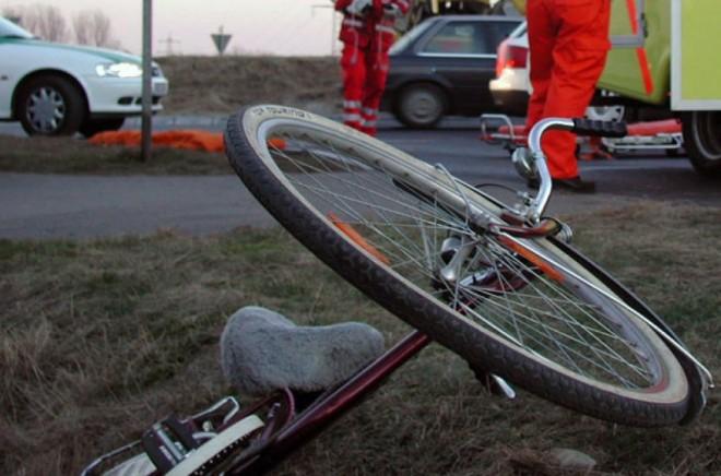 Accident stupid in Cocosesti. Un barbat a murit dupa ce a cazut de pe bicicleta