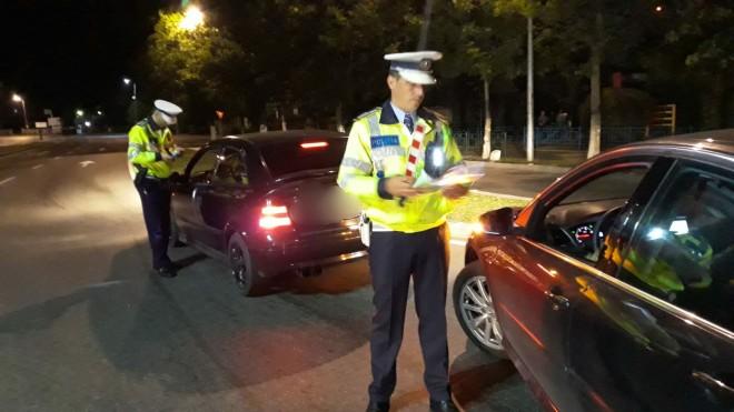 Actiune nocturna a politistilor prahoveni, pe Valea Prahovei. Amenzi URIASE