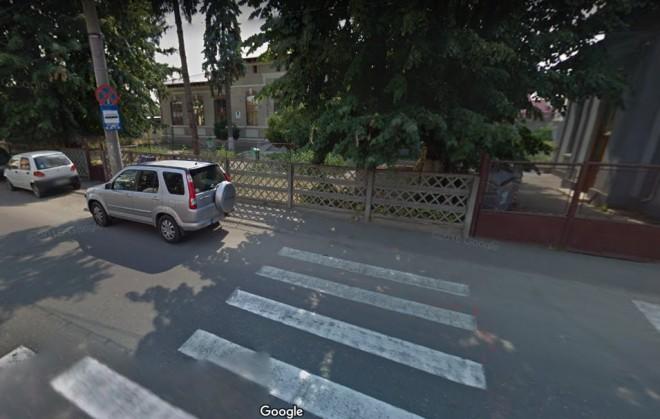 Accident pe strada Romana din Ploiesti. Un copil a fost lovit de masina
