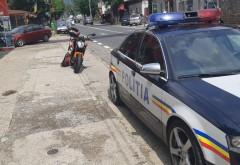 Motocilist amendat pentru ca nu a acordat prioritate echipajelor de Politie care se deplasau spre accidentul de pe DN1-Baicoi