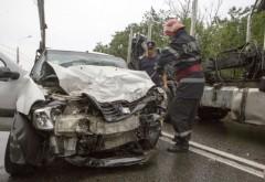 Accident grav pe DN1, la Nistoresti. O masina a intrat pe contrasens si a lovit o betoniera