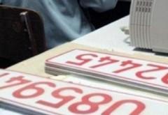 """Atenție la valabilitatea """"numerelor roșii"""" de înmatriculare auto! Un prahovean s-a ales cu dosar penal"""