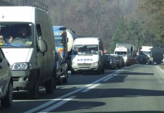 Accident pe DN1, la Busteni. 4 masini implicate