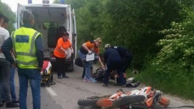 Accident grav pe DN1, la Puchenii Mari. Un motociclist a fost spulberat de masina si se afla in stare grava. Intervine elicopterul SMURD