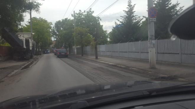 Atentie, soferi! Se reiau lucrarile de asfaltare pe strada Elena Doamna, din Ploiesti