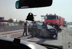 Accident grav in zona Metro Ploiesti. O persoana a ramas incarcerata