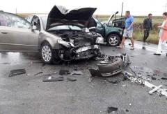 Accident la Tatarani, pe DN1. Doua masini implicate, o femeie a ajuns la spital
