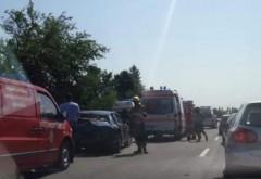 Val de accidente in Prahova. La Zalhanaua, impact intre doua autoturisme si un TIR