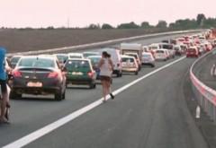 Aglomeraţie pe Autostrada Soarelui şi pe Valea Prahovei