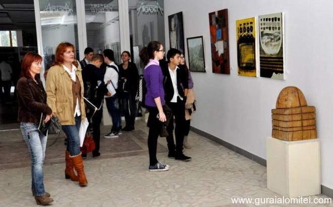 """Vernisajul """"Salonul de Toamnă"""", la Galeria de Artă din Ploieşti"""