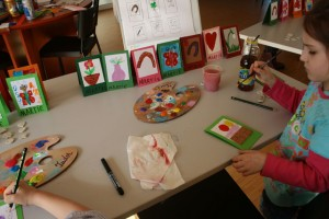 Ateliere de Mărțișor pentru copii la Muzeul de Istorie din Ploieşti
