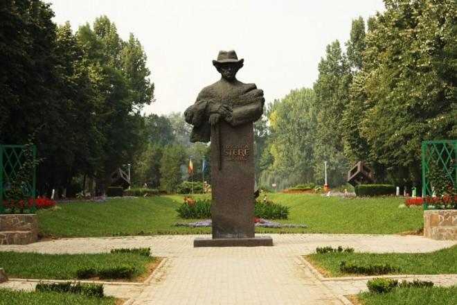 "Matineu muzeal ""Basarabia e România"" în Parcul Bucov"