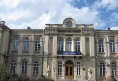 Expoziţie de pictură la Muzeul Județean de Istorie Prahova