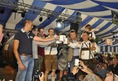 10 zile de bere si voie buna, la OktoberFest, in Brasov. Carnatii la metru, atractia festivalului