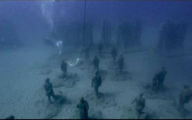 Turistii sunt asteptati in primul muzeu subacvatic din Europa, din insulele Canare. Un artist britanic a realizat exponatele